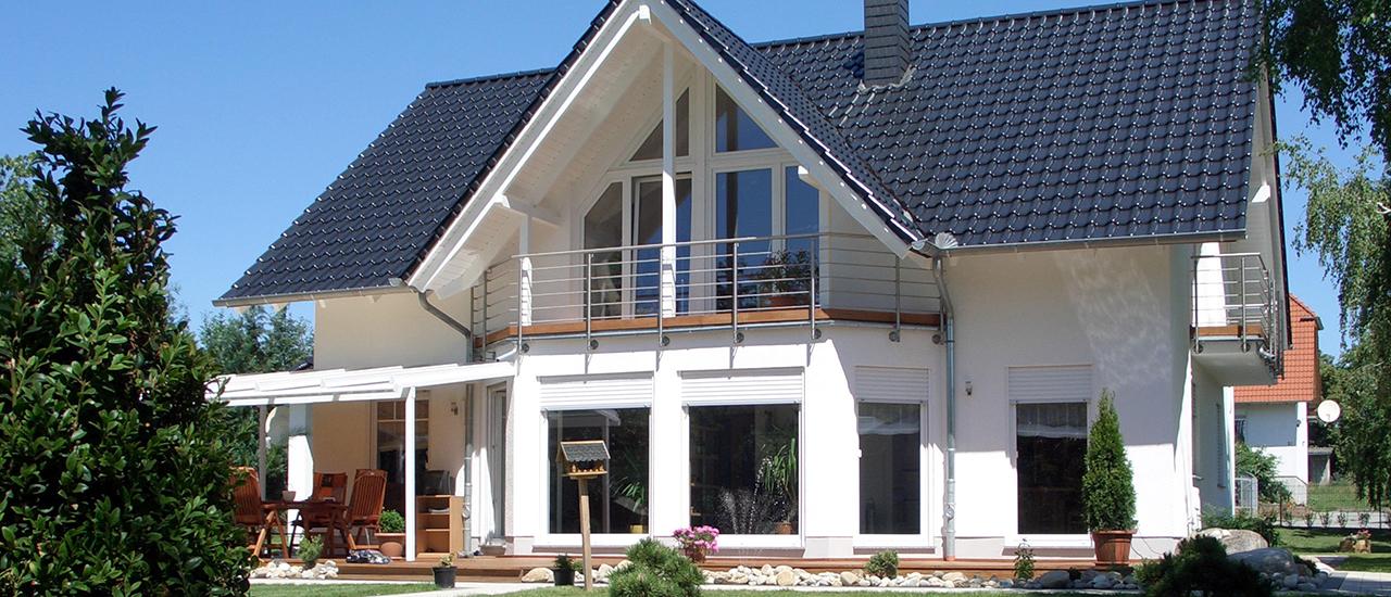 Lichthaus mit Giebel und Wintergarten